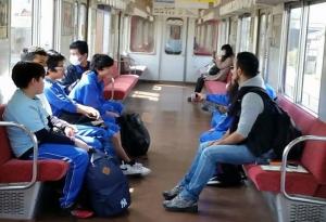 養老鉄道に乗って養老公園へ Visita ao parque de Yoro
